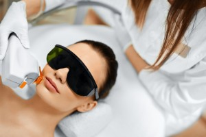 cosmetic laser industry